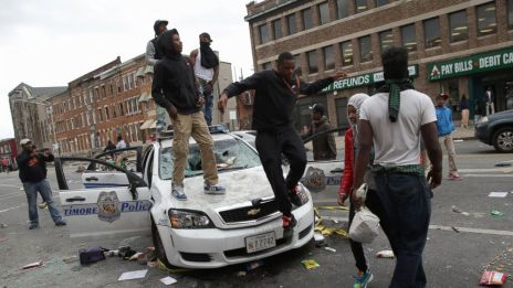 gty_baltimore_protest_tl_150428_16x9_992
